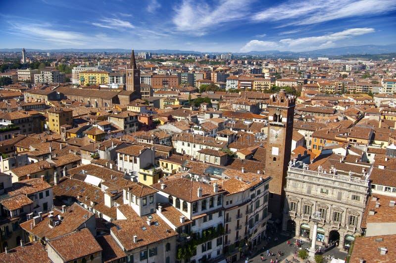 Opinión panorámica de Verona - Italia fotografía de archivo libre de regalías
