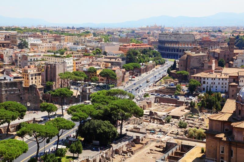 Opinión panorámica Roma del color imagenes de archivo