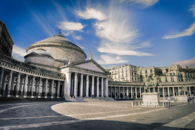 Opinión Piazza del Plebiscito, Nápoles, Italia, Europa fotografía de archivo