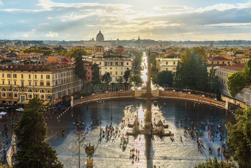 Opinión Piazza del Popolo de Terrazza del Pincio roma Italia imagen de archivo