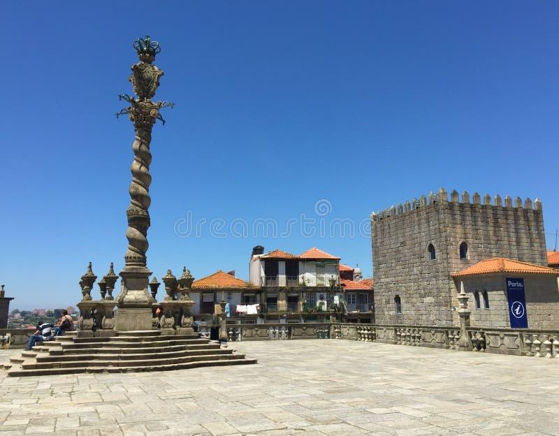 Opinión S de la catedral de Oporto Portugal imagenes de archivo