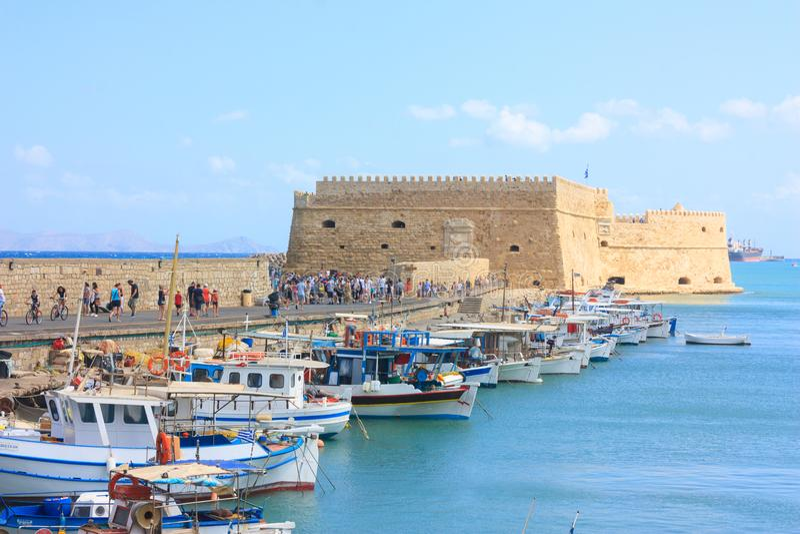 Opinión sobre el fuerte Heraklion en la isla de Creta fotos de archivo libres de regalías