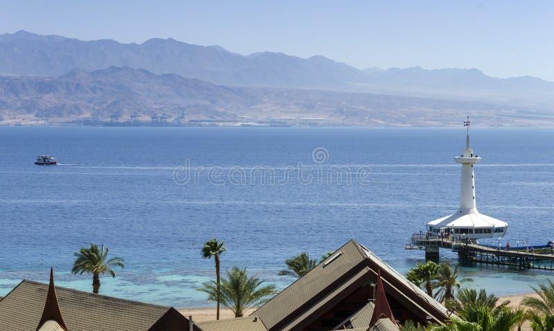 Download Opinión Sobre El Mar Rojo Y El Observatorio Subacuático Marino, Eilat, Israel Imagen de archivo - Imagen de azul, cubo: 42430133