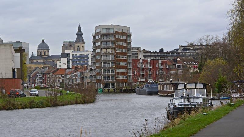 Opinión sobre la ciudad de Gante del lado del río de Escalda fotos de archivo libres de regalías