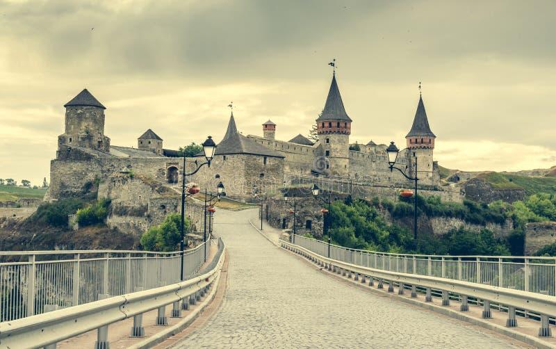 Opinión sobre la fortaleza de Kamenetz-Podolsky fotos de archivo libres de regalías