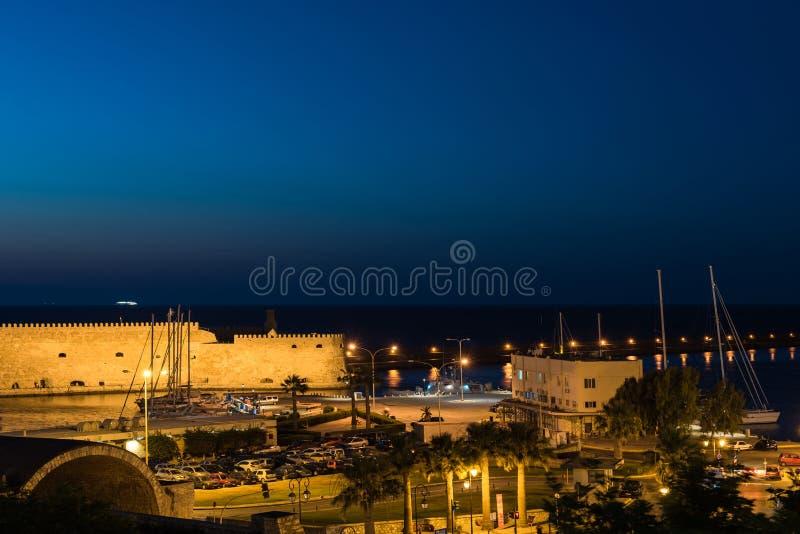 Opinión sobre la fortaleza de Koules el castillo veneciano de Heraklion en la ciudad de Heraklion, Creta, Grecia imagen de archivo