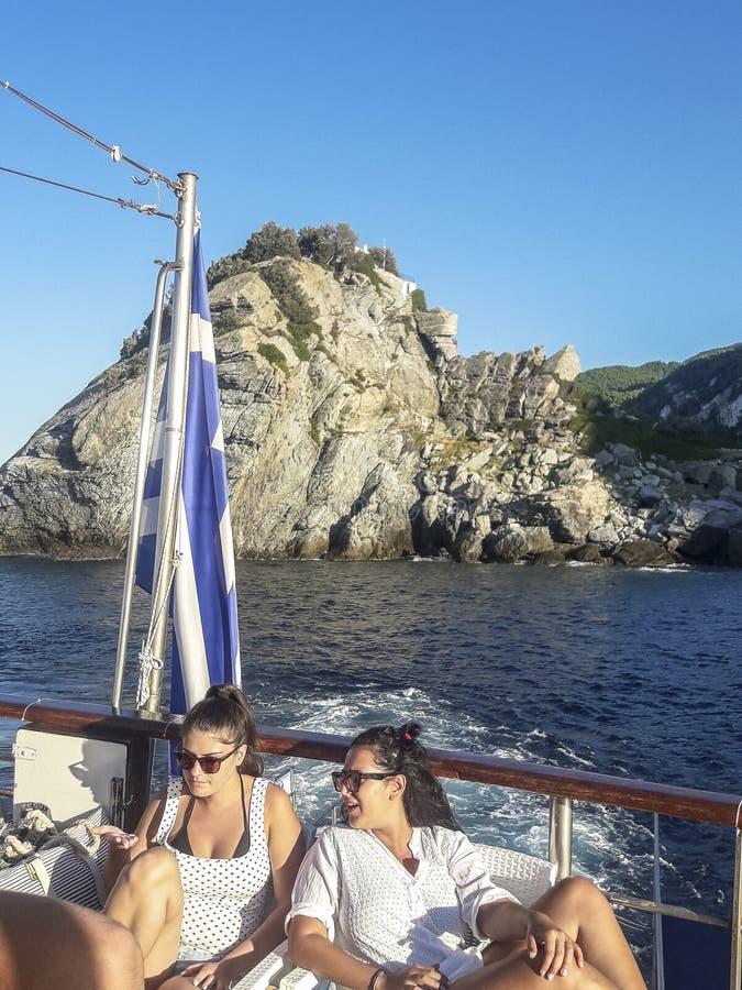 Opinión sobre la isla de Skopelos, Grecia imagen de archivo