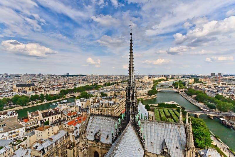 Opinión sobre París de Notre Dame fotos de archivo