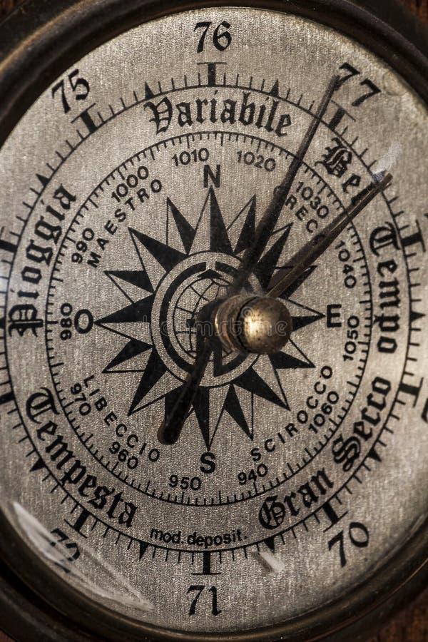 Opinión sobre un barómetro - fotografía del primer imagenes de archivo