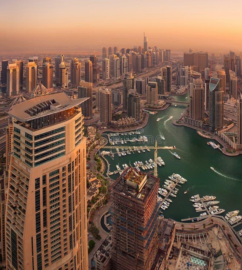 Opinión superior de Dubai Marina Sunset imagen de archivo
