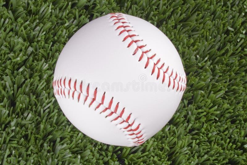 Opinión superior de la bola del béisbol fotos de archivo