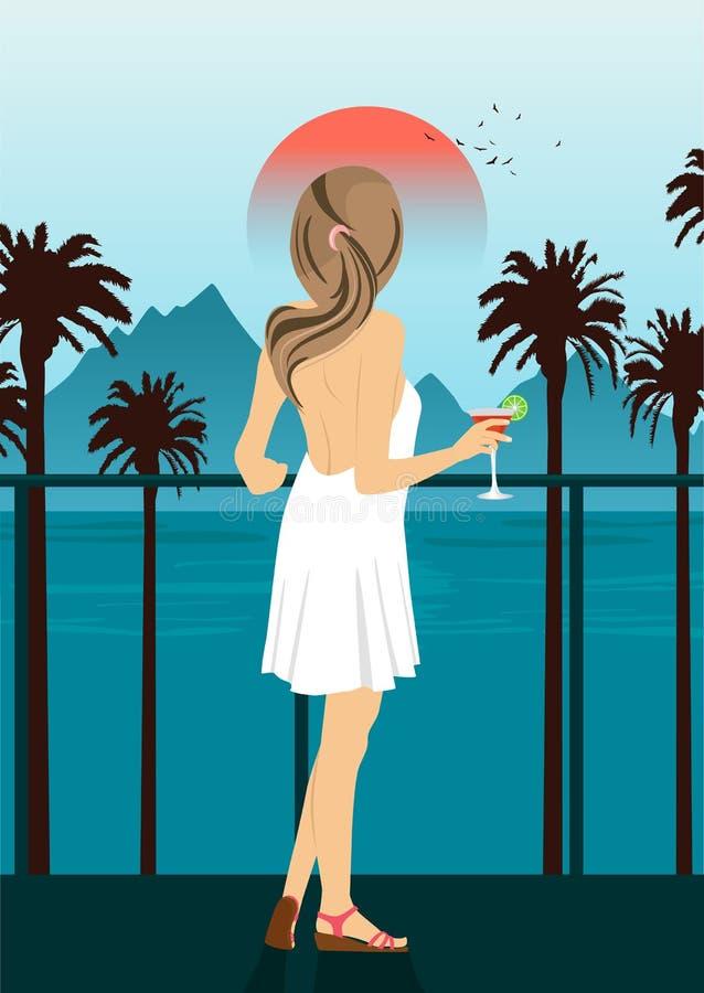 Opinión trasera la mujer joven que se coloca con el cóctel en el terraplén del mar con las palmeras en la puesta del sol ilustración del vector