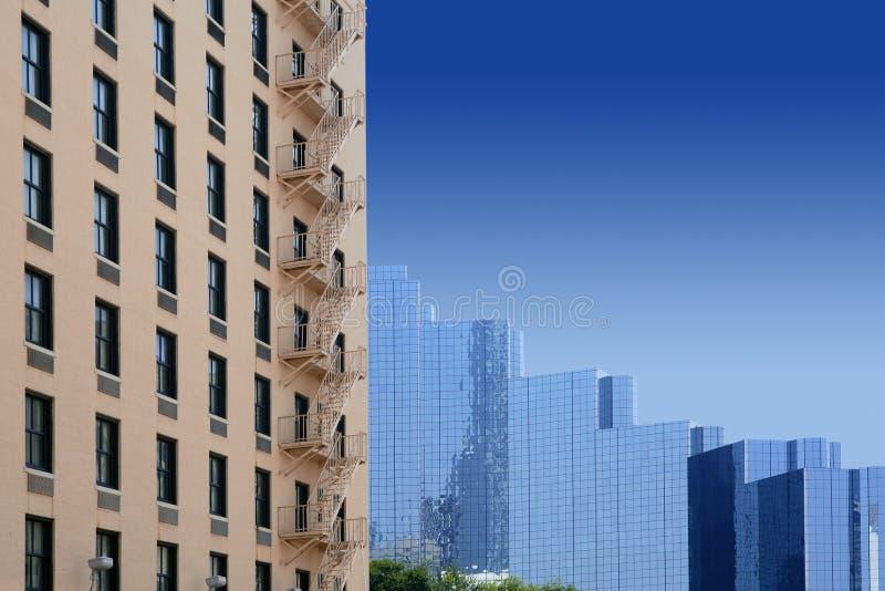 Opinión urbana de los bulidings de la ciudad céntrica de Dallas fotografía de archivo libre de regalías