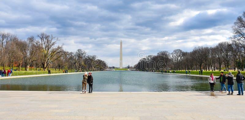 Opinión Washington Monument de Abraham Lincoln Memorial Washington DC, los E imagen de archivo