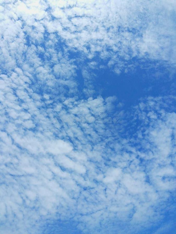 Opiniões do céu imagem de stock
