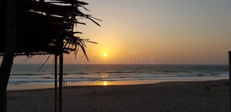 Opini?n de la puesta del sol imágenes de archivo libres de regalías