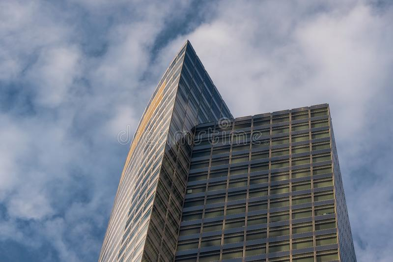 Opini?n del primer de rascacielos modernos en el Lower Manhattan financiero New York City del distrito imagen de archivo libre de regalías