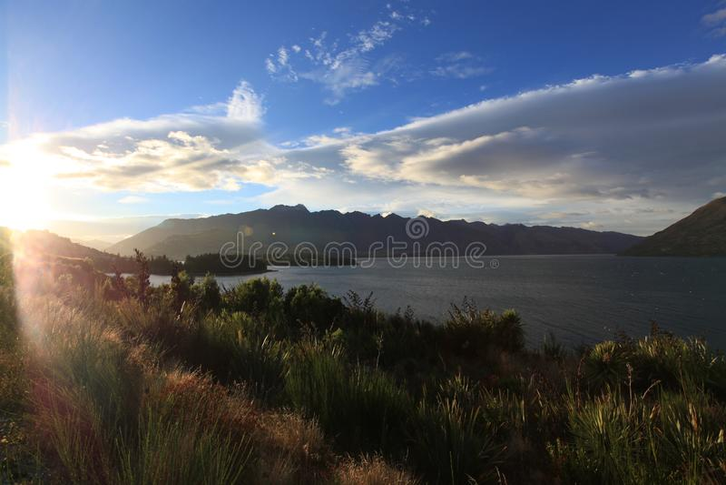 Opini?n maravillosa del lago fotografía de archivo libre de regalías