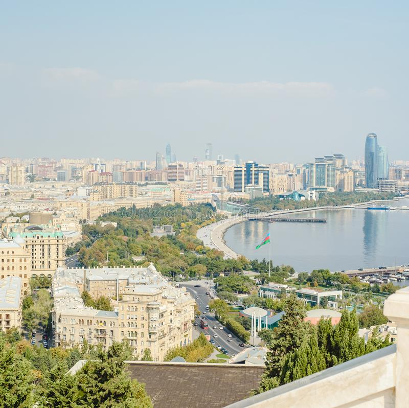 Opini?n panor?mica a?rea de Baku de Baku, Azerbaijan imagen de archivo