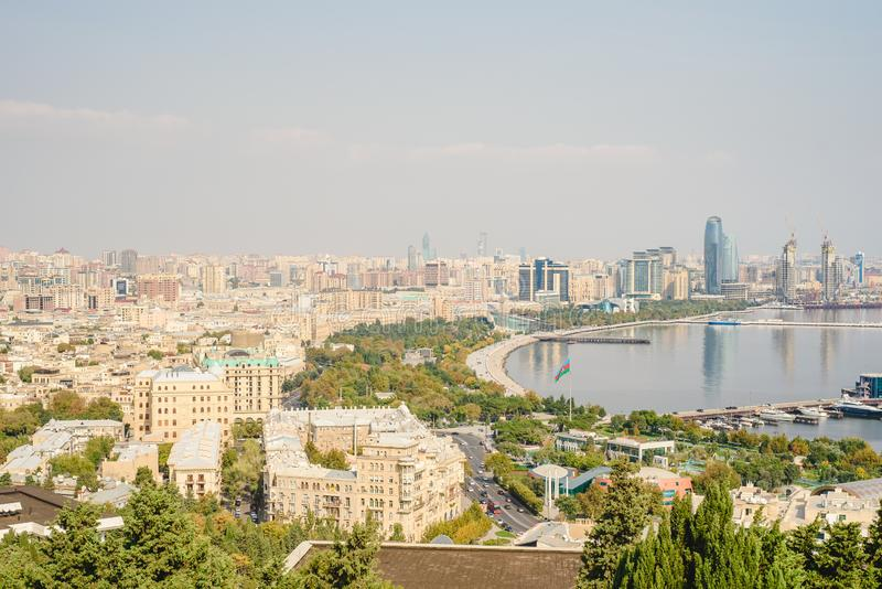 Opini?n panor?mica a?rea de Baku de Baku, Azerbaijan imagenes de archivo