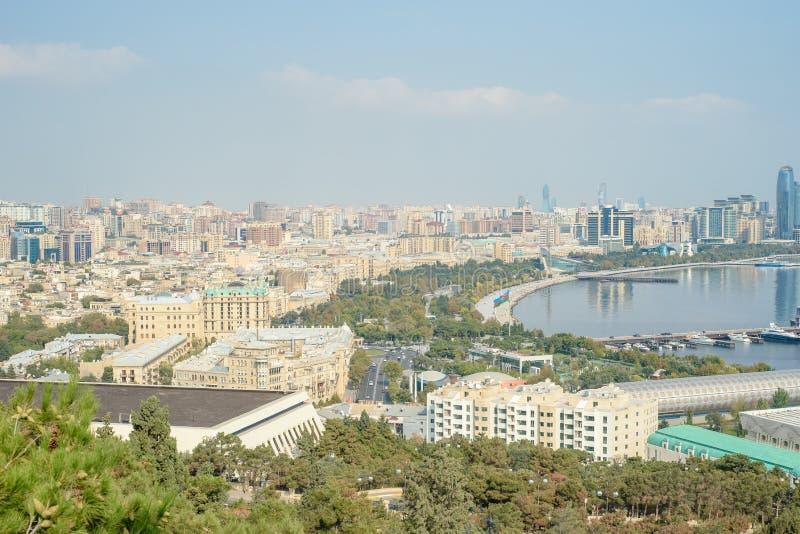 Opini?n panor?mica a?rea de Baku de Baku, Azerbaijan fotografía de archivo libre de regalías