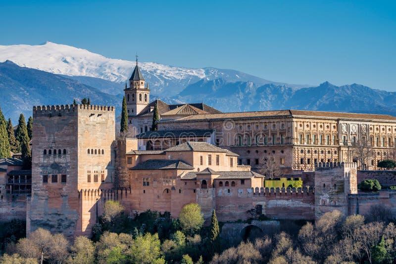 Opini?o Alhambra Palace em Granada, Espanha em Europa imagem de stock royalty free