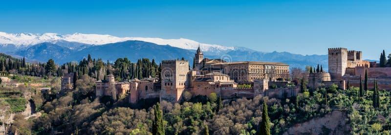 Opini?o Alhambra Palace em Granada, Espanha em Europa imagem de stock
