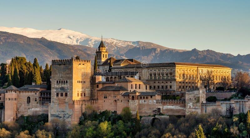 Opini?o Alhambra Palace em Granada, Espanha em Europa fotografia de stock royalty free