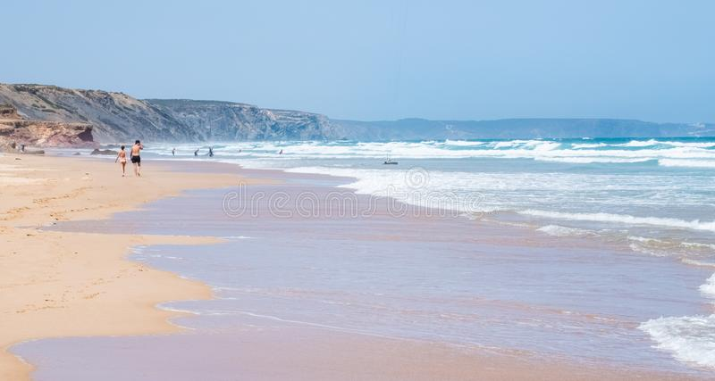 Opini?o da costa do oceano, curso perfeito e destino do feriado imagens de stock royalty free