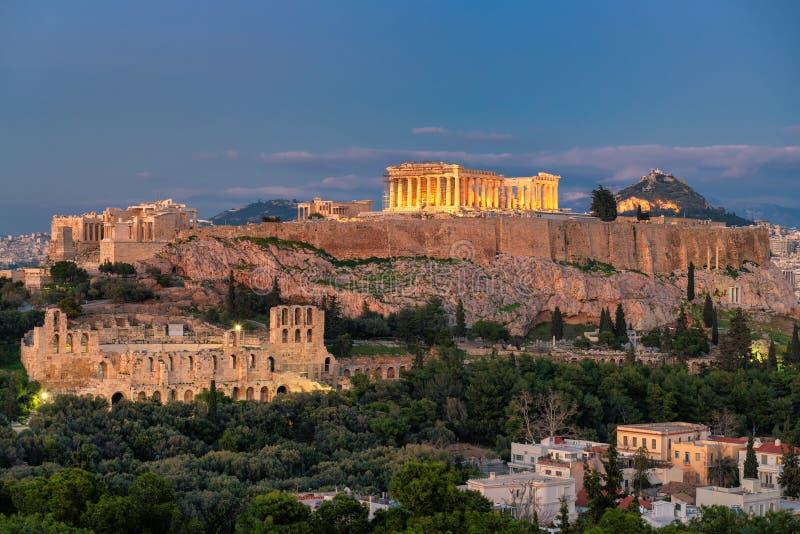 Opini?o da noite da acr?pole de Atenas, com o templo do Partenon, Atenas, Gr?cia foto de stock