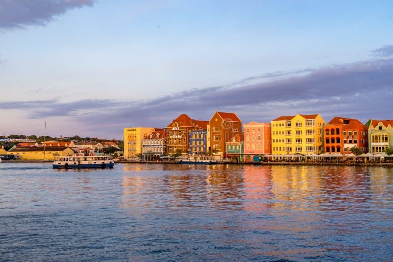 Opiniones de la puesta del sol de Curaçao fotografía de archivo libre de regalías