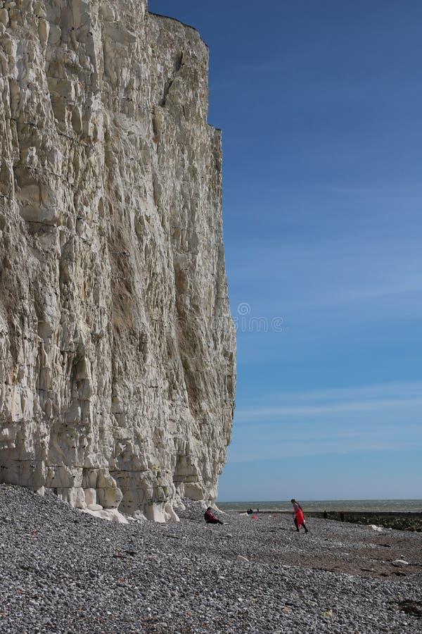 Opiniones escénicas de los acantilados de la playa fotografía de archivo