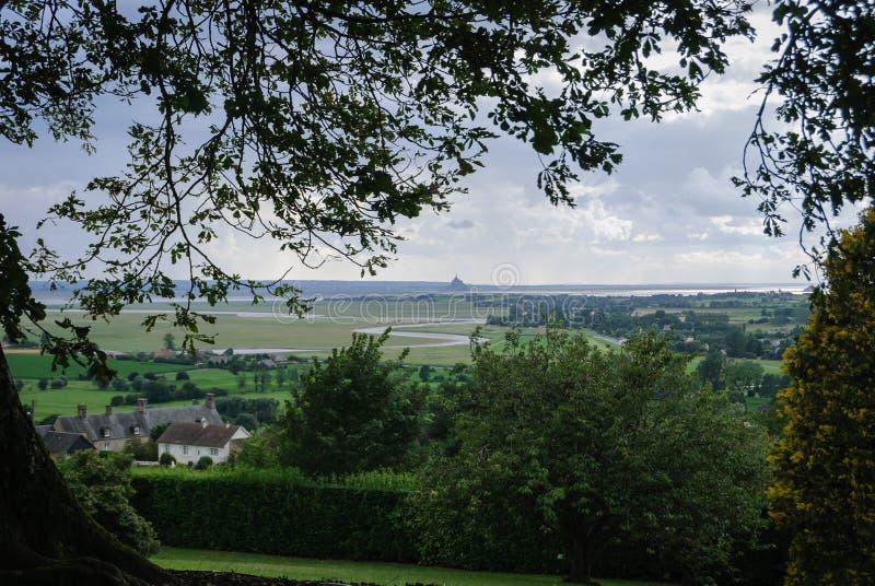 Opiniones Mont Saint Michael del jardín botánico de Avranches imágenes de archivo libres de regalías