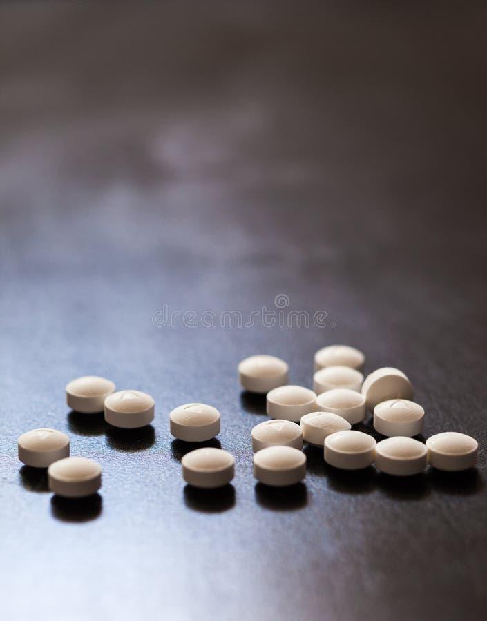 Opioid и эпидемия или кризис наркомании лекарства рецепта стоковое фото