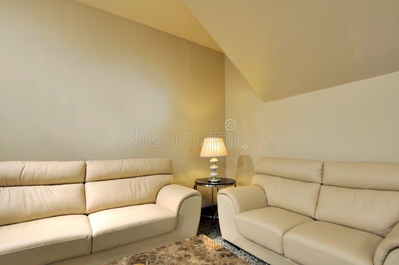 opisywana rzemienna żywa izbowa kanapa zdjęcia royalty free