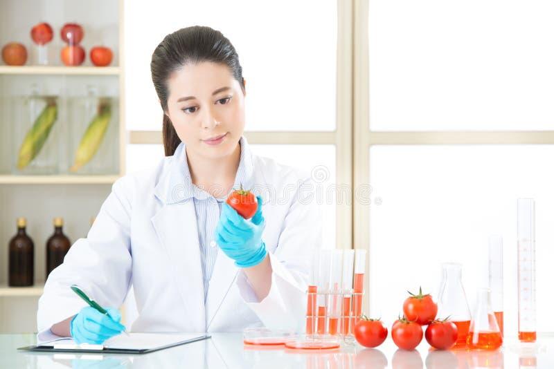 Opnamegegevens van testresultaat van het Onderzoeken van genetische modificatio stock afbeeldingen