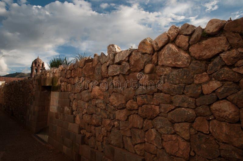 Opnieuw opgebouwde muur in cuzco royalty-vrije stock afbeelding
