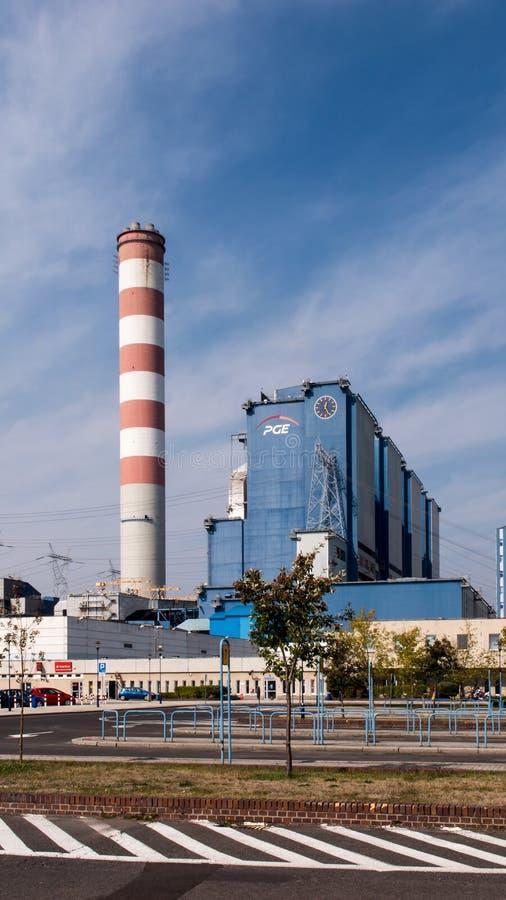OPOLE, POLEN, 14 September, 2015: De steenkoolinstallatie Opole in Brzez royalty-vrije stock afbeelding