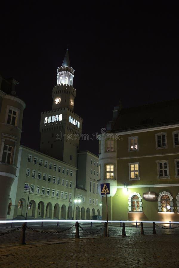 Opole und Rathaus lizenzfreies stockbild