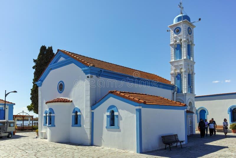 OPORTO LAGOS, GRECIA - 23 SETTEMBRE 2017: San Nicholas Monastery situato su due isole a Oporto Lagos, Grecia fotografie stock libere da diritti