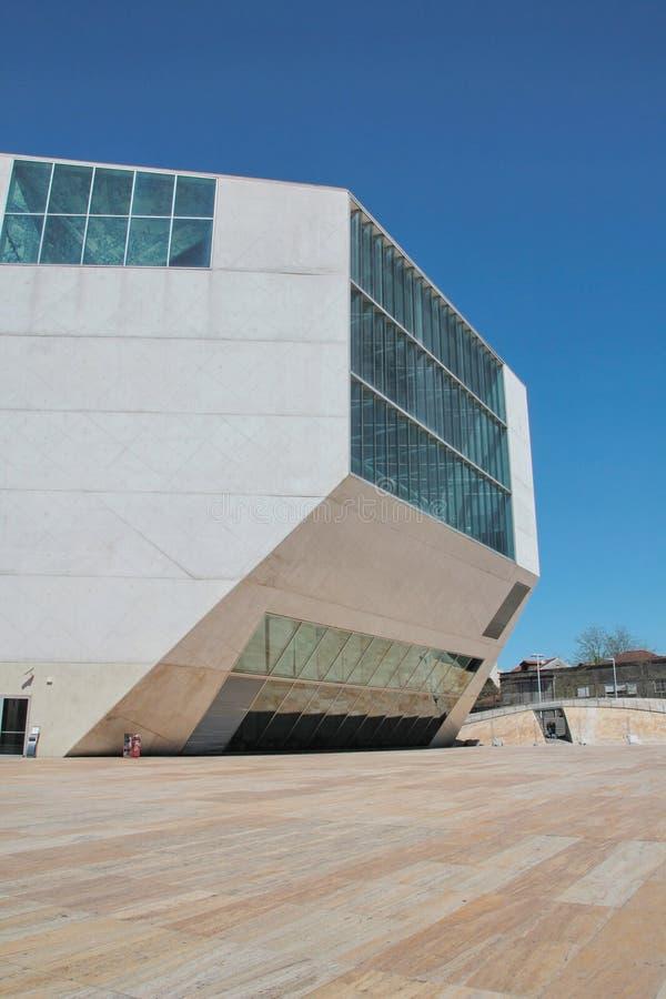 Oporto, Portogallo: Camera di musica (casa da Musica) immagini stock