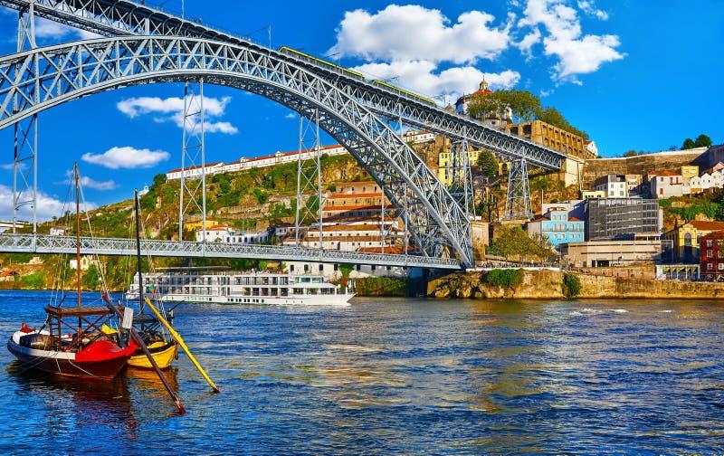 Oporto, Portugal Visión en los Dom de Ponte de fotografía de archivo