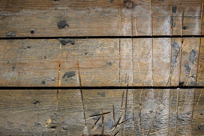 Oppervlakte van de houten raad met sporen van besnoeiingen royalty-vrije stock fotografie