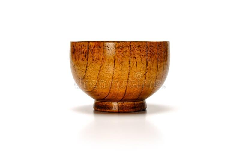 Opróżnia drewnianego bambusowego puchar odizolowywającego na białym tle z istnym cieniem zdjęcie royalty free
