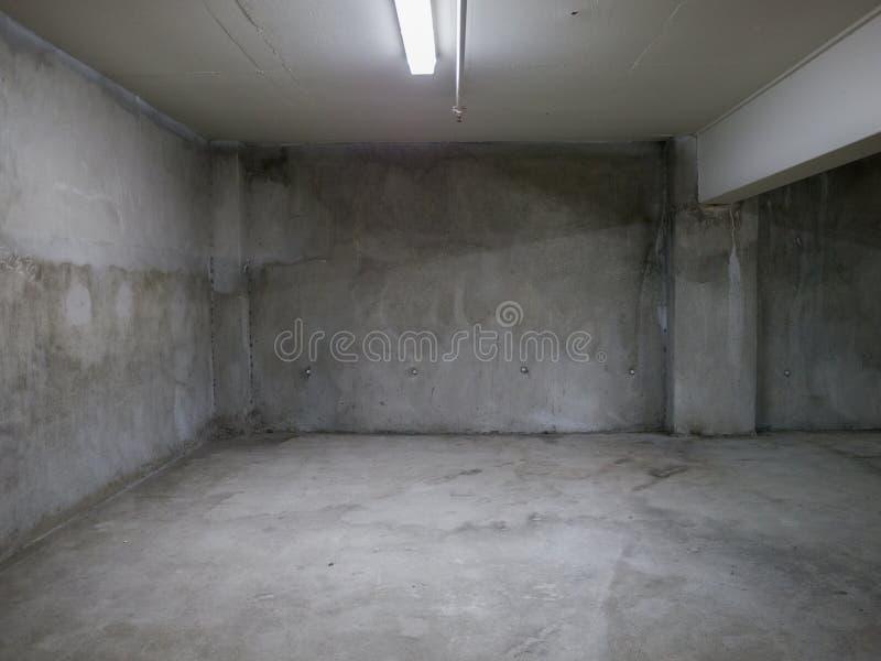 Opróżnia betonowego pokój zdjęcia royalty free