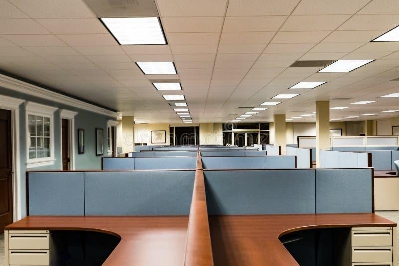 Opróżnia powierzchnię biurowa Przygotowywającą Zajmować zdjęcie royalty free