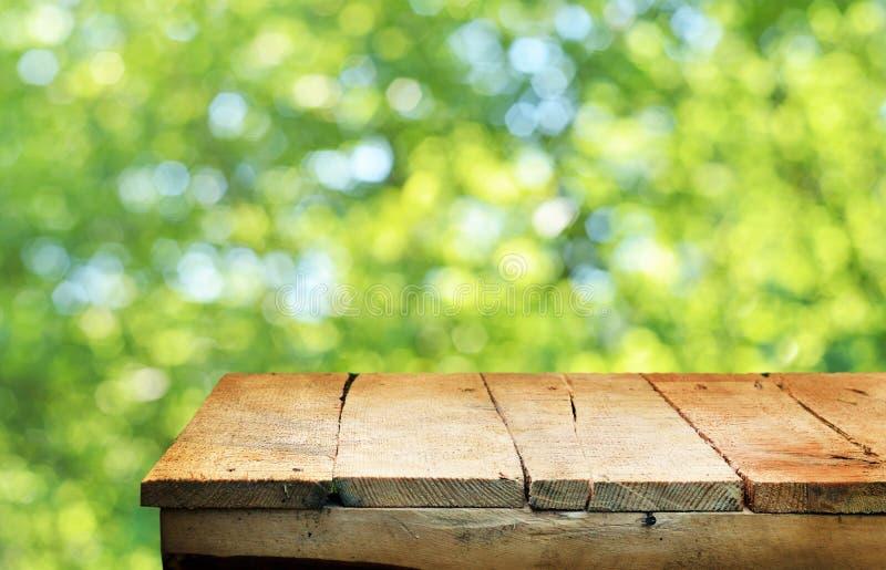 opróżnij stół obraz stock