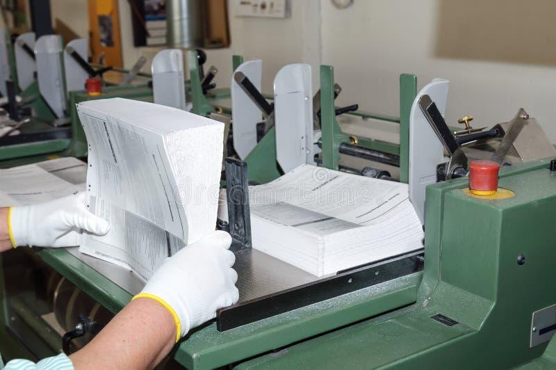 Oprawiać książki w drukowym domu zdjęcie royalty free