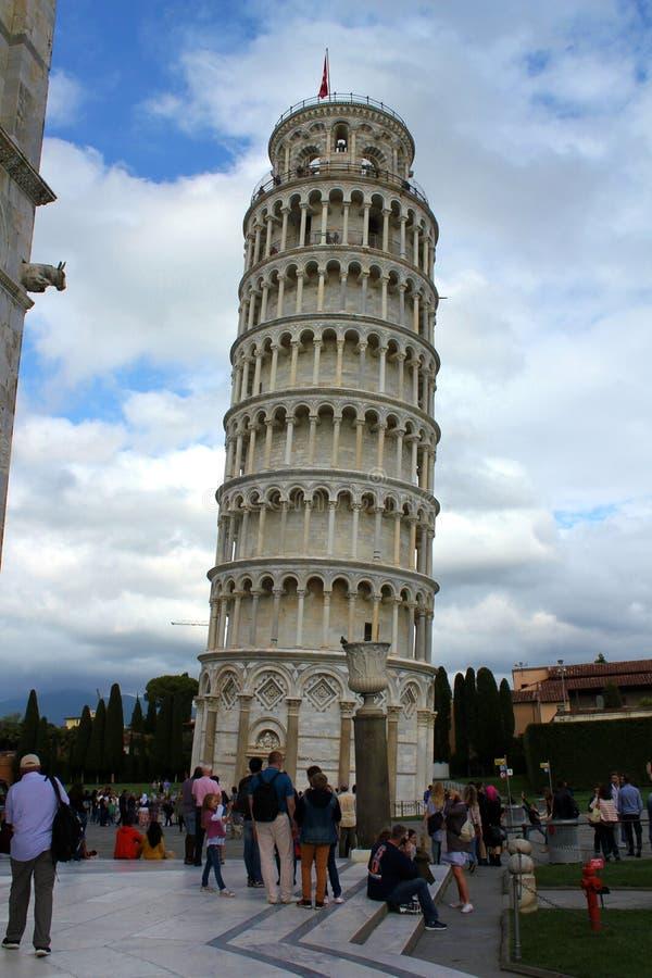 oprzeć wieżę w pizie obrazy stock