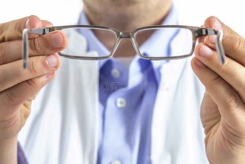 Opticien met glazen royalty-vrije stock foto